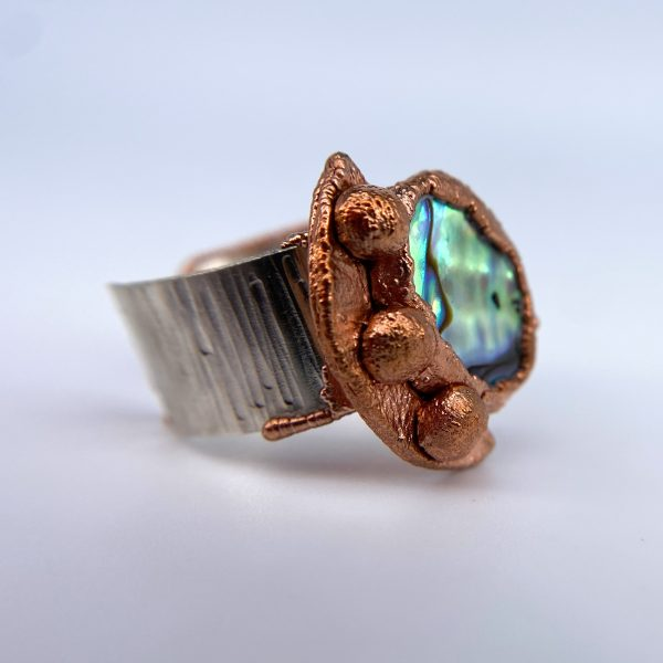 Abalone ring side